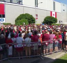 Taxes douanières: le Canada riposte