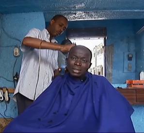 Le coiffeur indépendant (Sénégal)