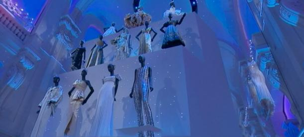 Dior impressionne les Arts décoratifs